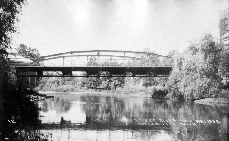 Broadway Bridge - 11a