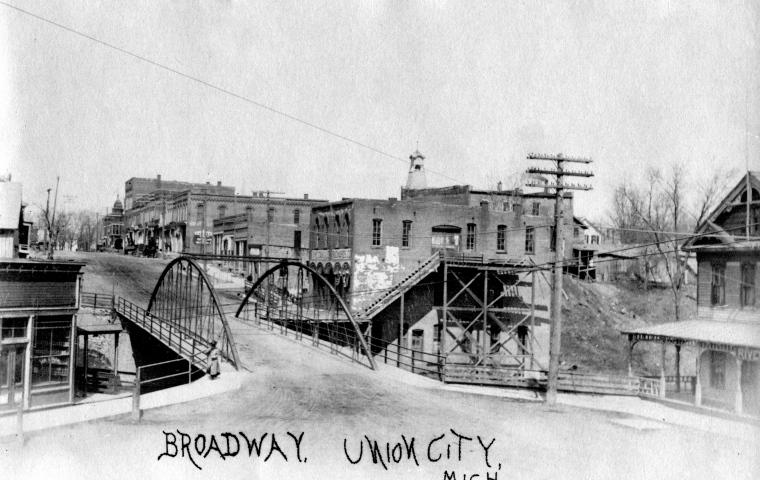 Broadway Bridge - 6a 1st Bridge