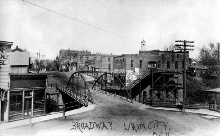 Broadway Bridge pre 1908