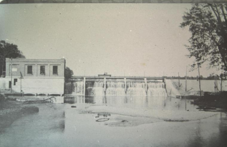 Riley Dam shorly after completion